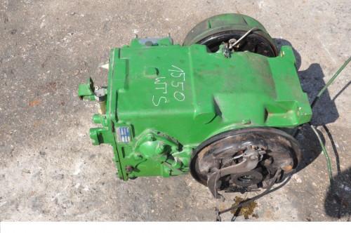 Коробка передач (КПП/МКПП) HYDROSTAT John Deere Комбайн 0199907 / D047489