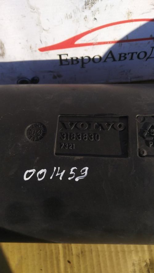 Воздушный патрубок воздушного фильтра Volvo FH12 3183830