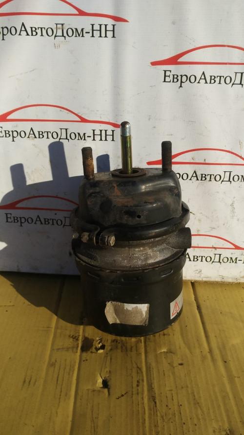 Энергоаккумулятор тормозов передний левый/правый Volvo FH12 21752714