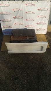 Боковой ящик кабины наружный (правый) Iveco Stralis E5 504008525